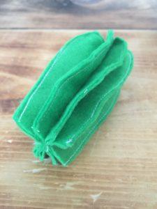 Tutoriel-cactus-en-feutre-pour-epingles-couture-la-boite-ateliers-creatifs13